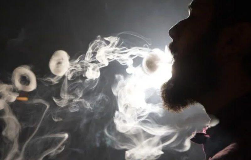 cracher des ronds de fumée
